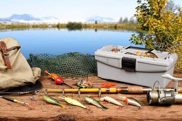 Рыбацкие принадлежности: что взять с собой на рыбалку?
