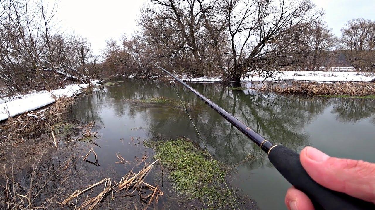 Рыбалка на спиннинг на малой реке. Ловля щуки перед нерестом.