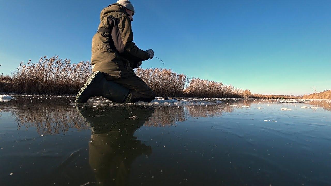 Первый Лед На Реке раздает окуней! Рыбалка на жерлицы и уловистую мормышку.